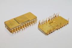 импортные микросхемы с жёлтым покрытием